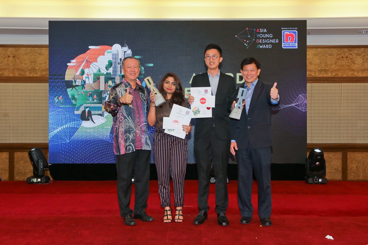 From left: Mr Yaw Seng Heng, Group Managing Director, Nippon Paint Malaysia; Shahmeena Labeeb from Malaysia, Asia Young Designer of the Year 2017/18 (Interior Design Category), Ng Wai How from Malaysia, Asia Young Designer of the Year 2017/18 (Architecture Category) and Mr Wee Siew Kim, Chief Executive Officer, NIPSEA Group