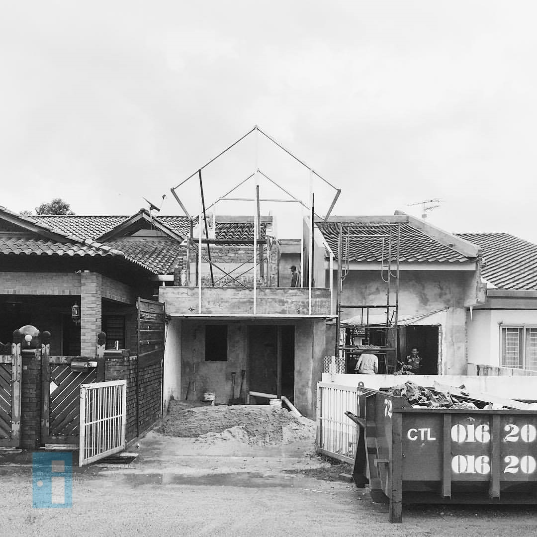 Terrace house renovation in progress by Paperspace