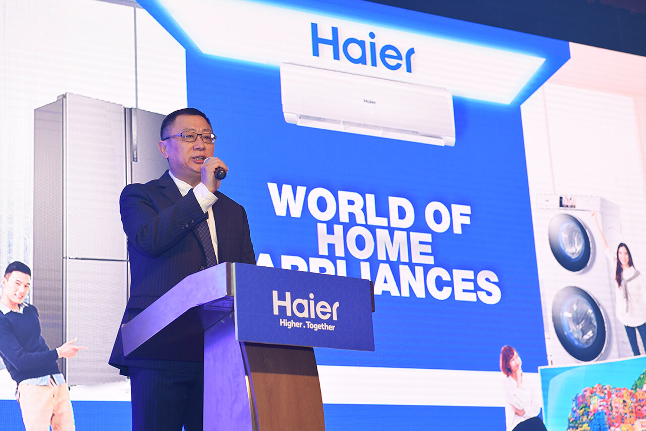 Haier Malaysia Managing Director, Shi Zhiyuan's speaking onstage